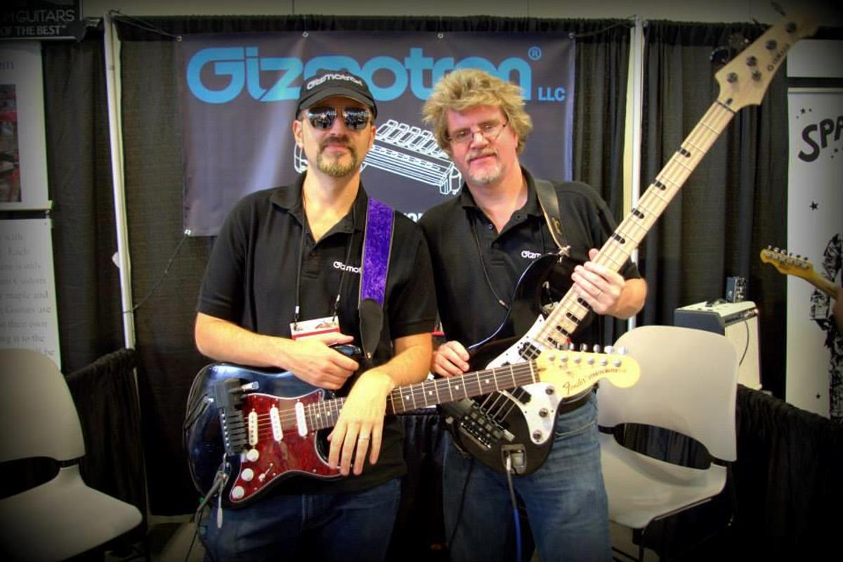 The Gizmotron 2.0 for electric guitar has six keys, while the bass version has five