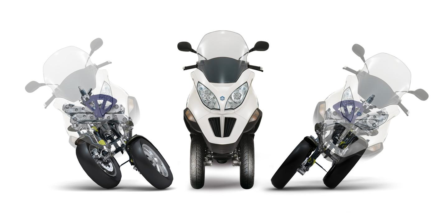 The tilting wheels are a basic principle of the Resolve project. Here is a demonstration of the tilting wheels implementation on the Piaggio MP3 Hybrid 300 i.e. LT