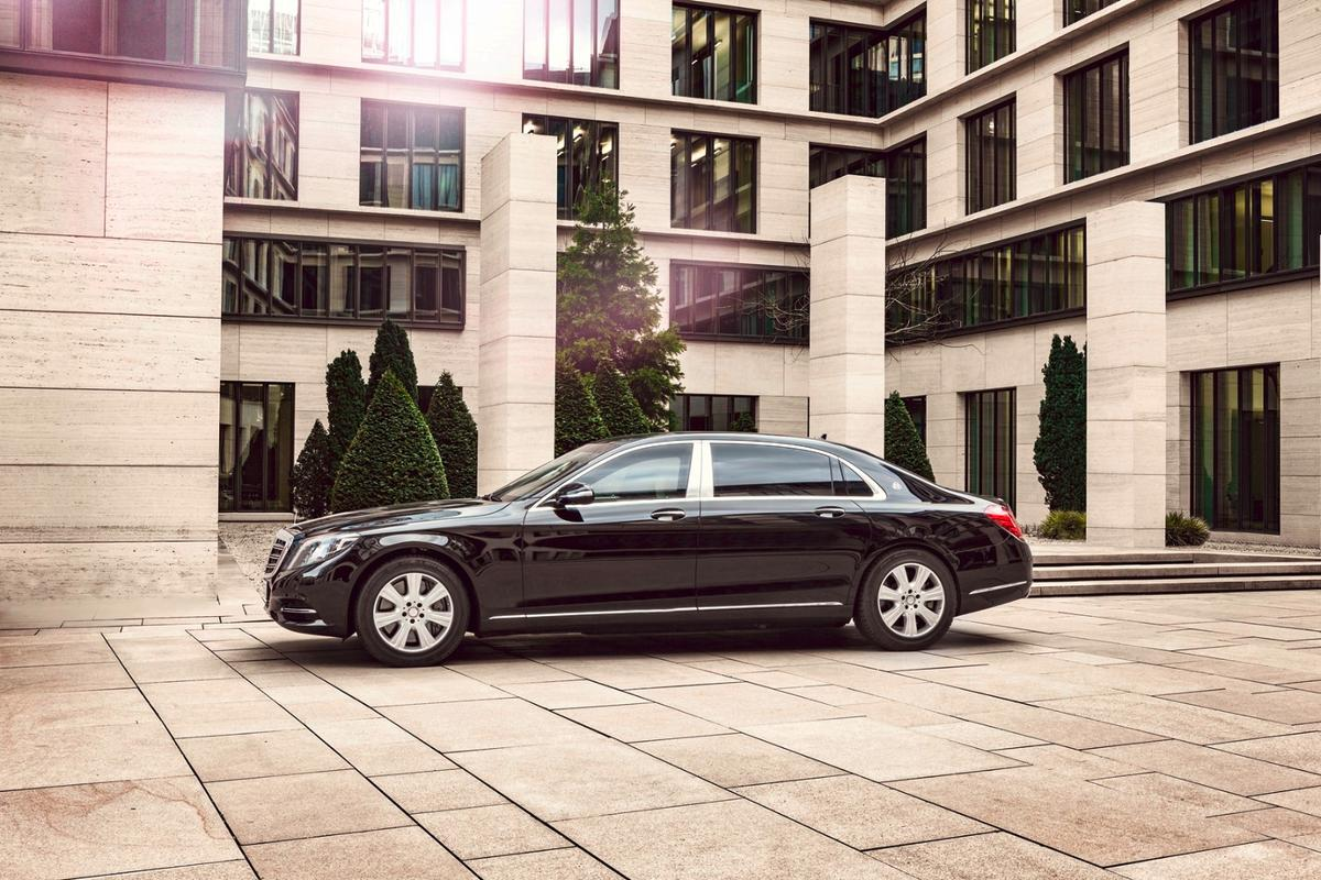 The S 600 Guard has steel, aramid and polyethylene components built into its structure for protection