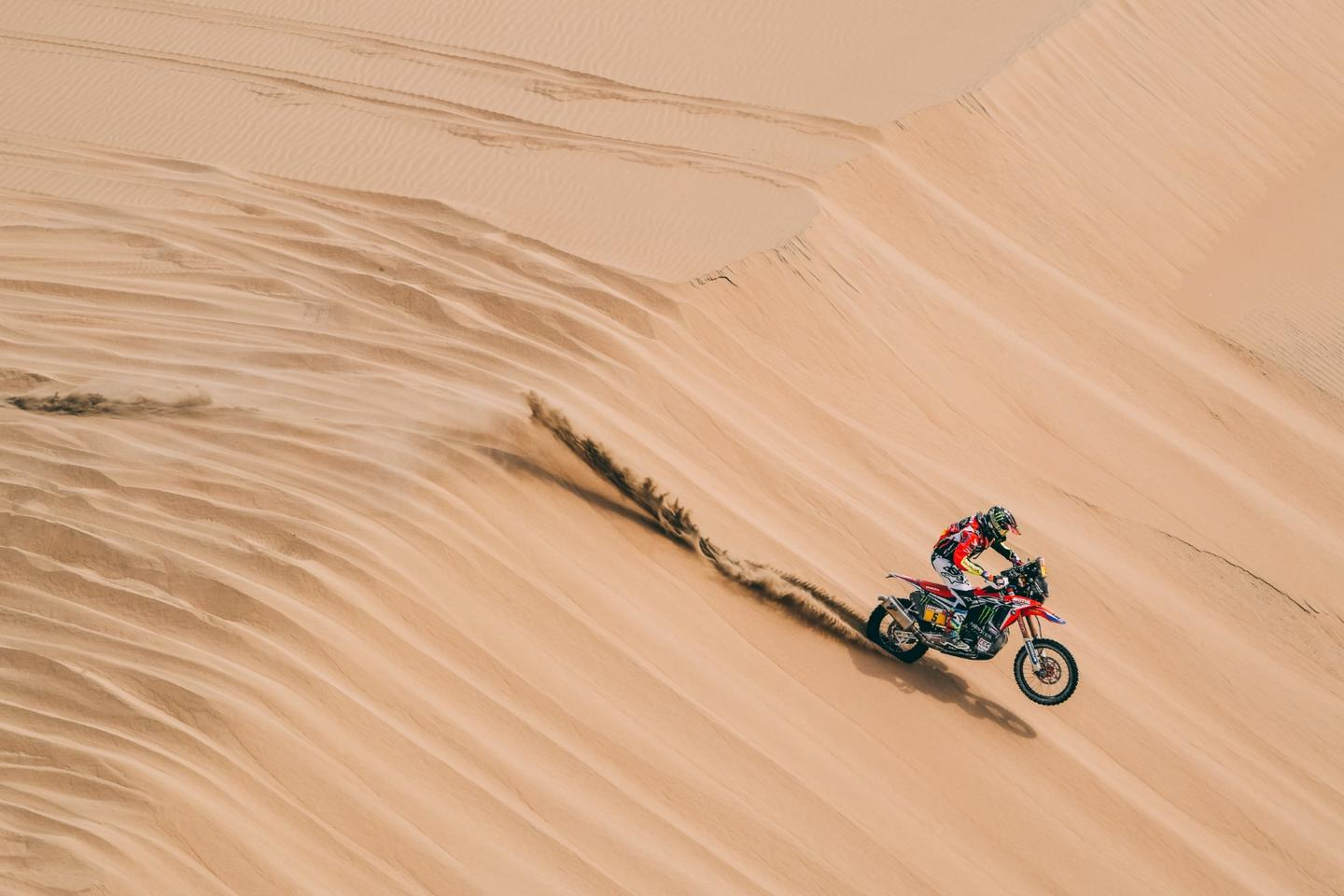 Honda is scrambling to end KTM's 18 years of Dakar dominance