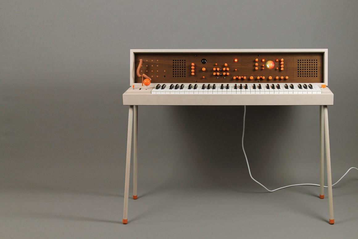 The Voxarray 61 modular synth/workstation from Sweden's Love Hulten