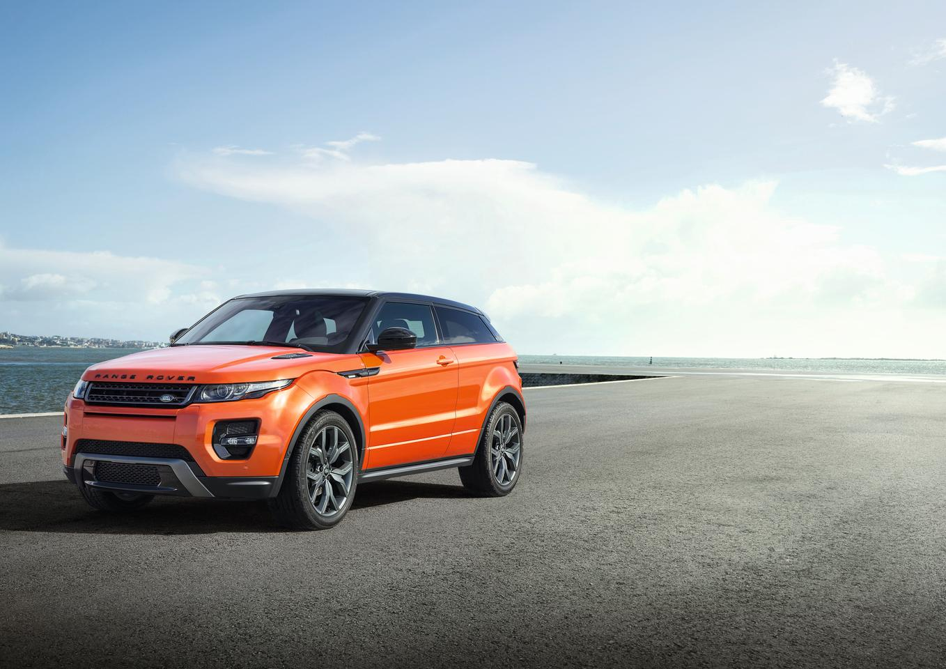 The Range Rover Autobiography and Autobiography Dynamic Evoque will debut at the Geneva Motor Show