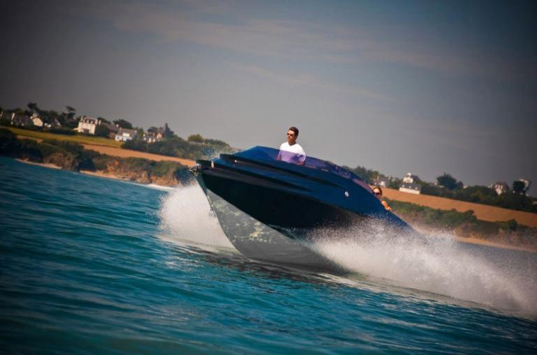 The LUXURY MIG 675 is a 70-mph hydrogen-powered motor boat