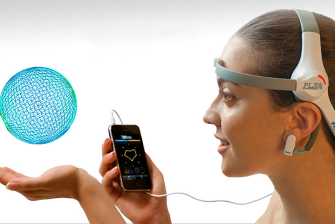 XWave is an iPhone/iPod touch/iPad compatible device that detects brainwaves