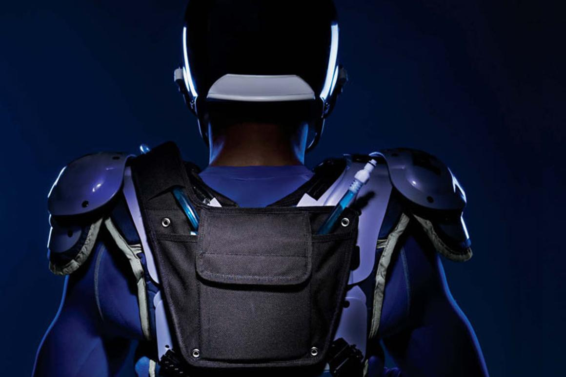 Hydromax is a wearable hydration system designed for use in football