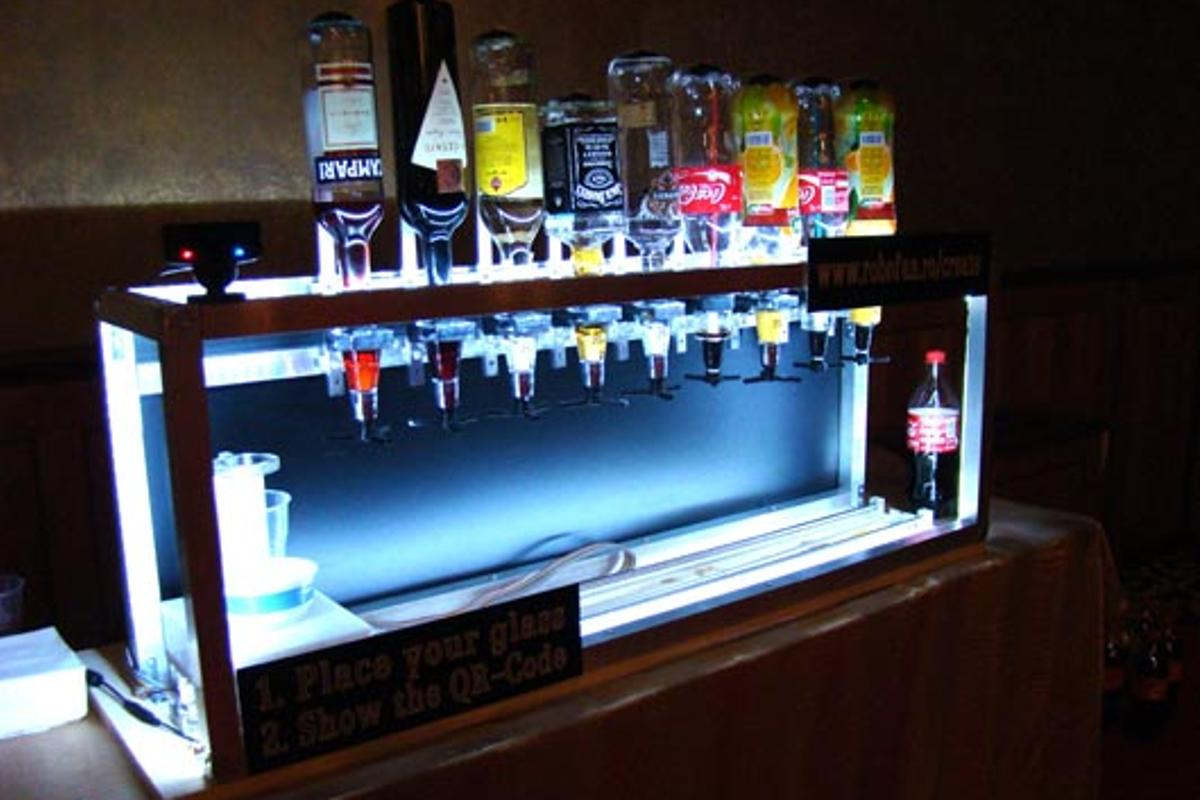 The Social Drink Machine is a robotic bartender that takes your order via Facebook or Twitter apps on your mobile phone