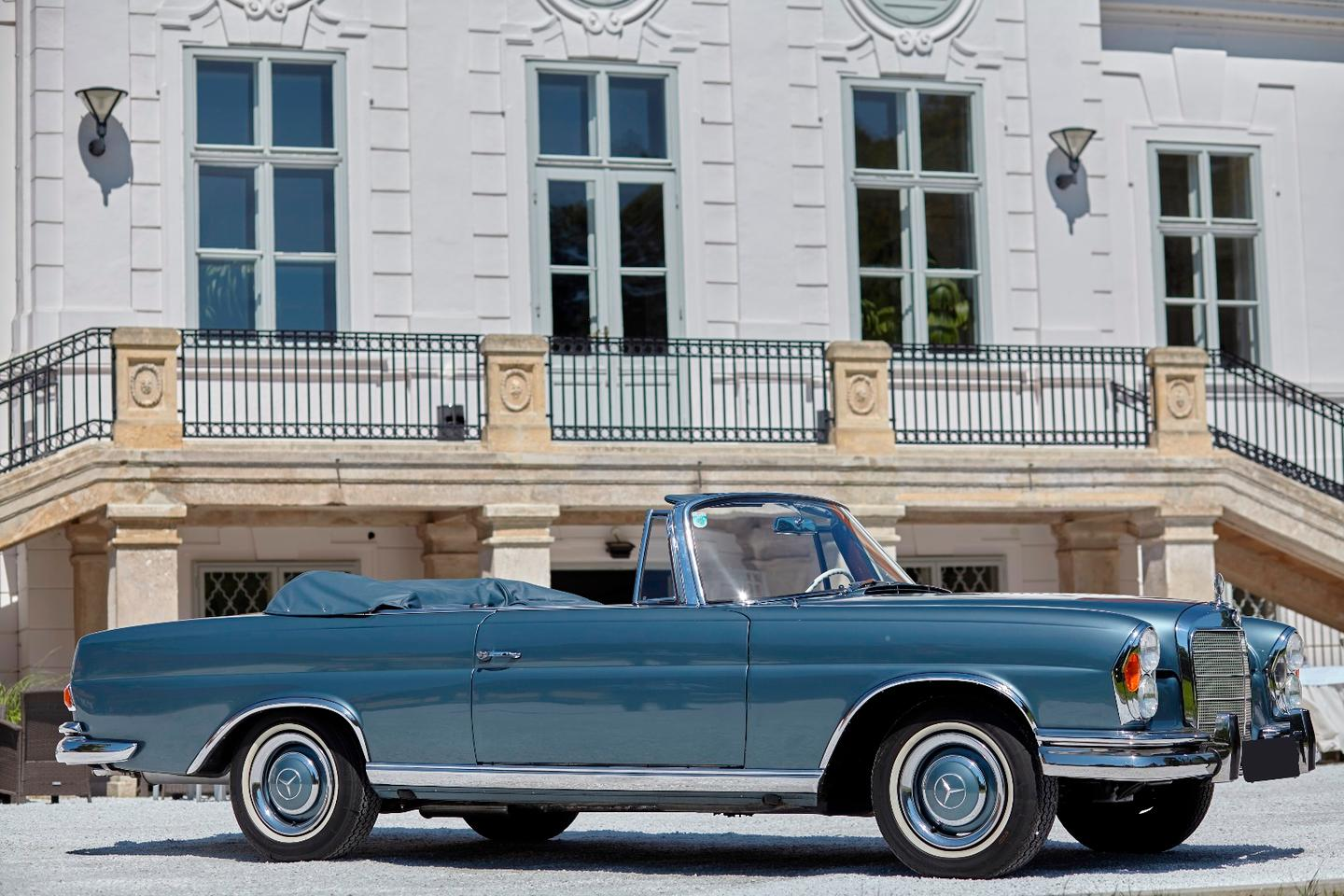 Artcurial Monaco July 2, 2017 Auction: With only 708 units built, this 1965 Mercedes-Benz 300 SE Cabriolet was delivered new to the United States before being acquired, taken to Europe, fully restored and registered in Monaco for the owner's use on the French Riviera. Auction Description