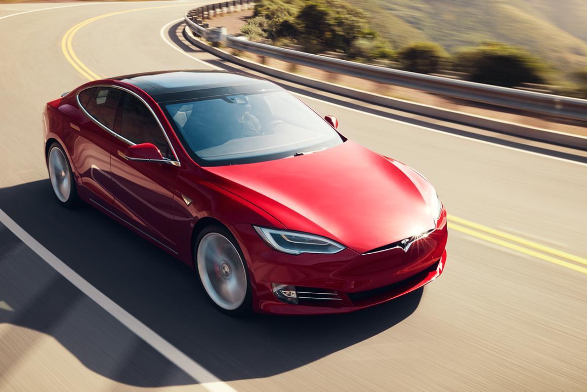 Tesla's Model S in action somewhere that is not Nürburgring, nor Laguna Seca for that matter