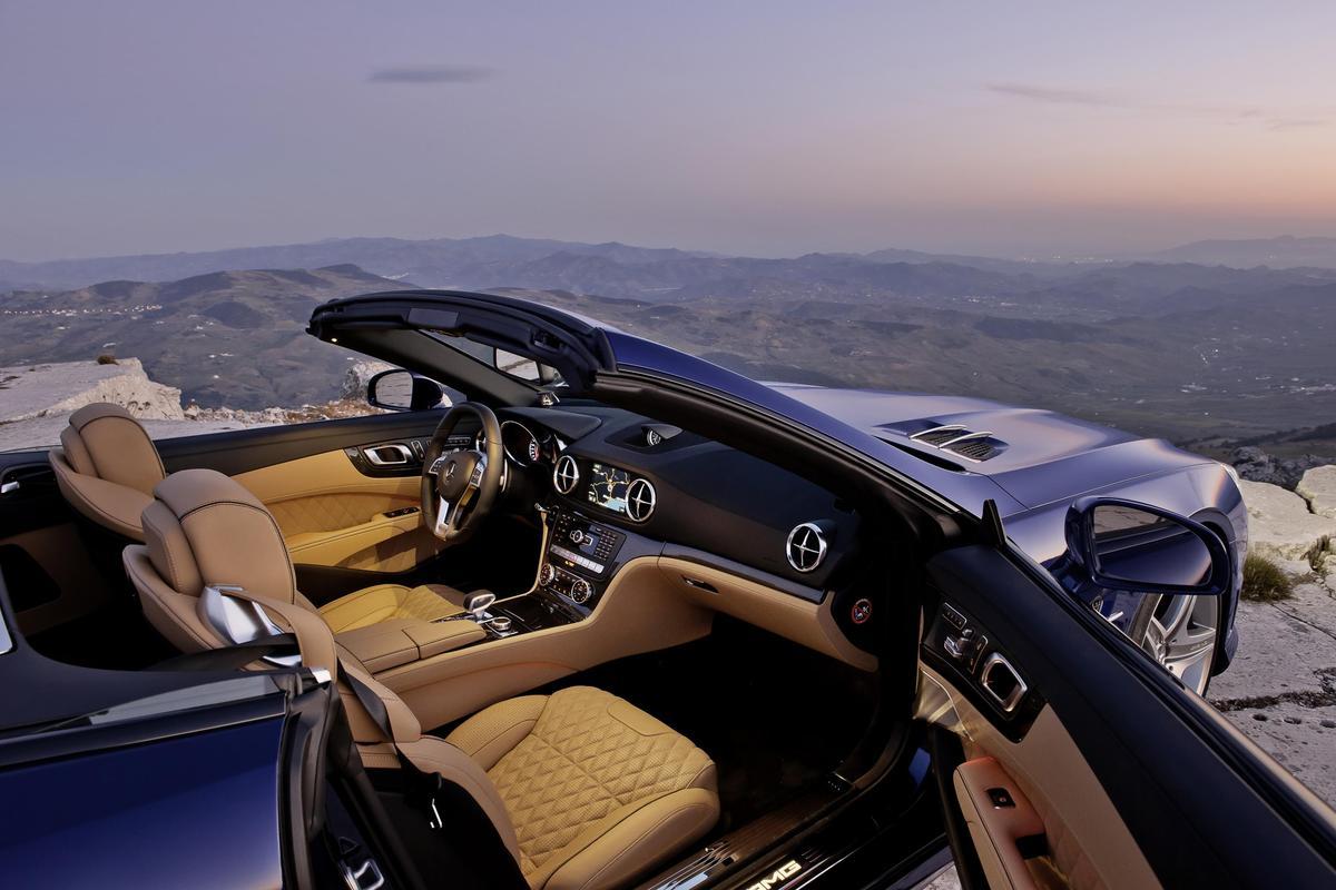 The 2013 Mercedes-Benz SL 65 AMG interior