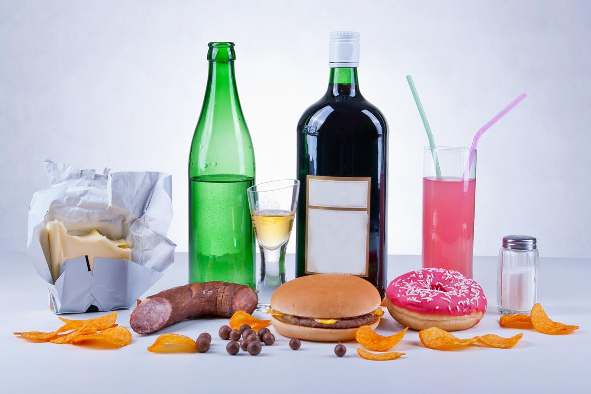 Researchers are calling for greater surveillance from health authorities of the influence of food additives on immune system activity