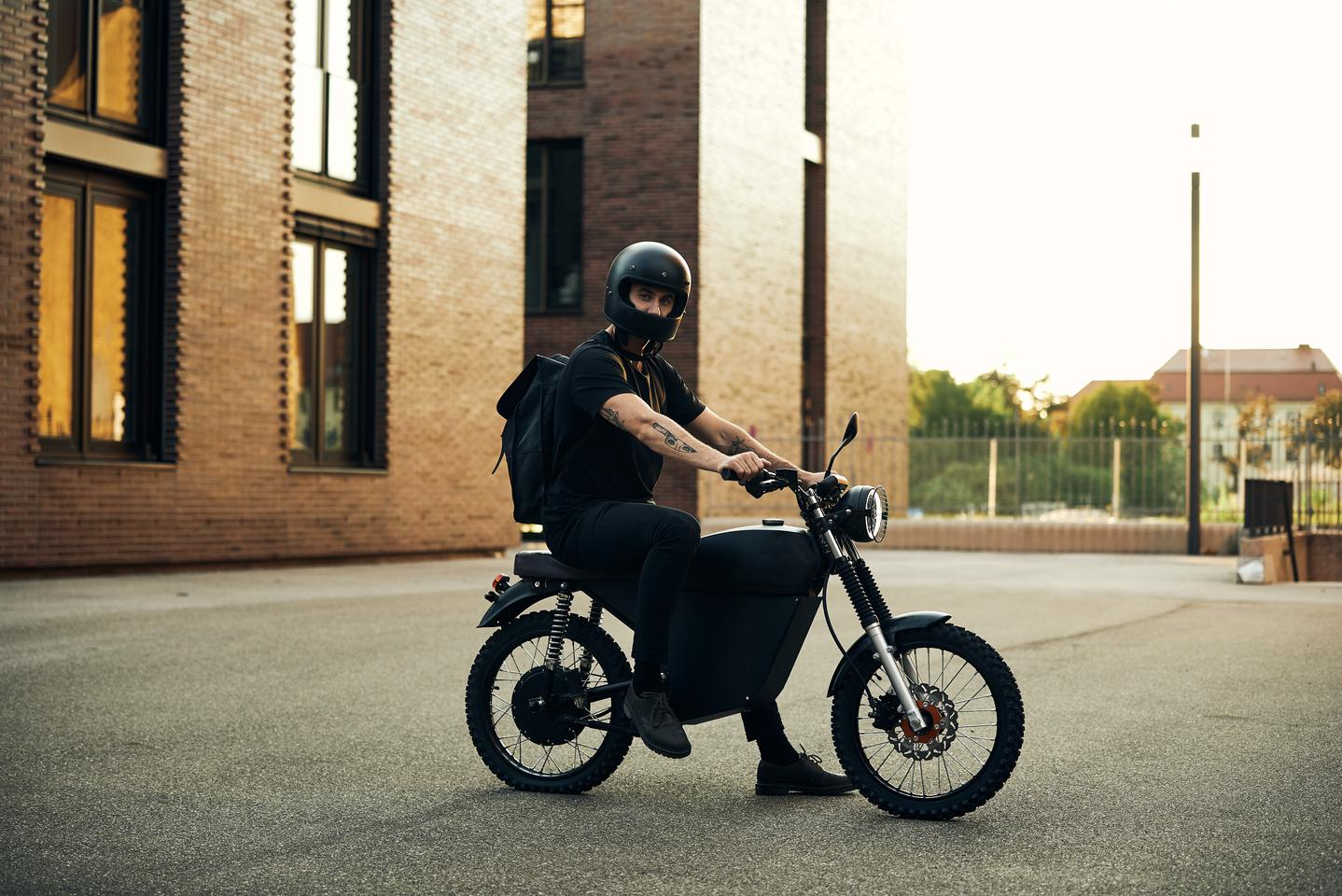 Drawing a little inspiration from the vintage 70s Ducati scramblers and a little from the electric two-wheelers of today, German mobility startup BlackTea has taken to Indiegogo with an electrified moped built for all terrain
