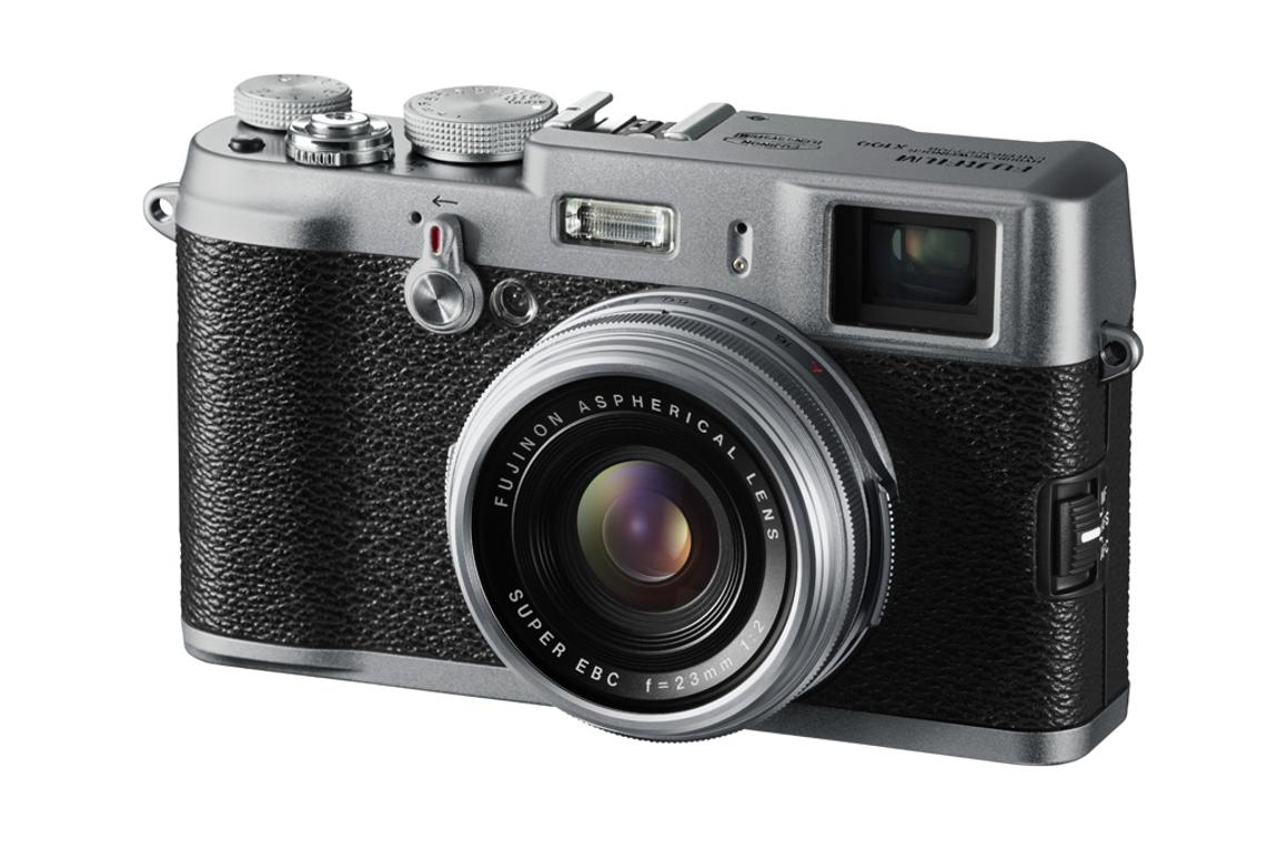 The FinePix X100 digital camera with hybrid viewfinder has been given a price and release date