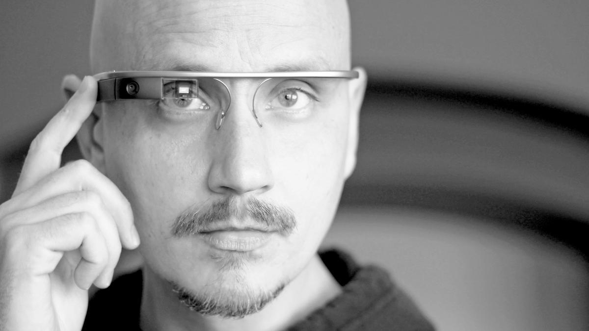 Gizmag reviews the Google Glass Explorer Edition 2.0