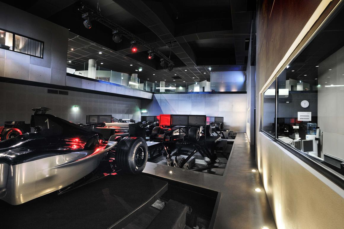 I-WAY World features a total of 18 racing simulators
