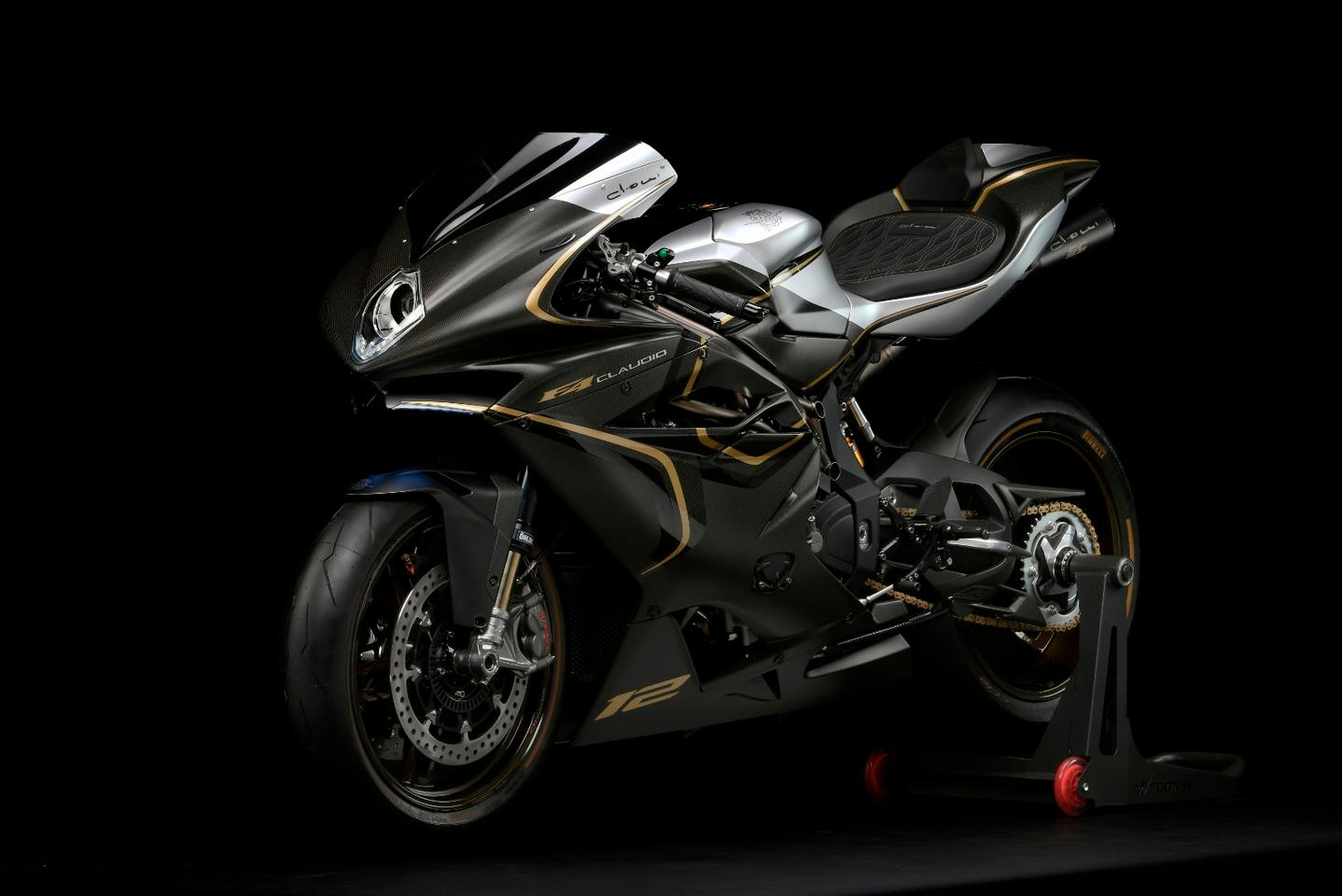 MV Agusta F4 Claudio: front three quarter