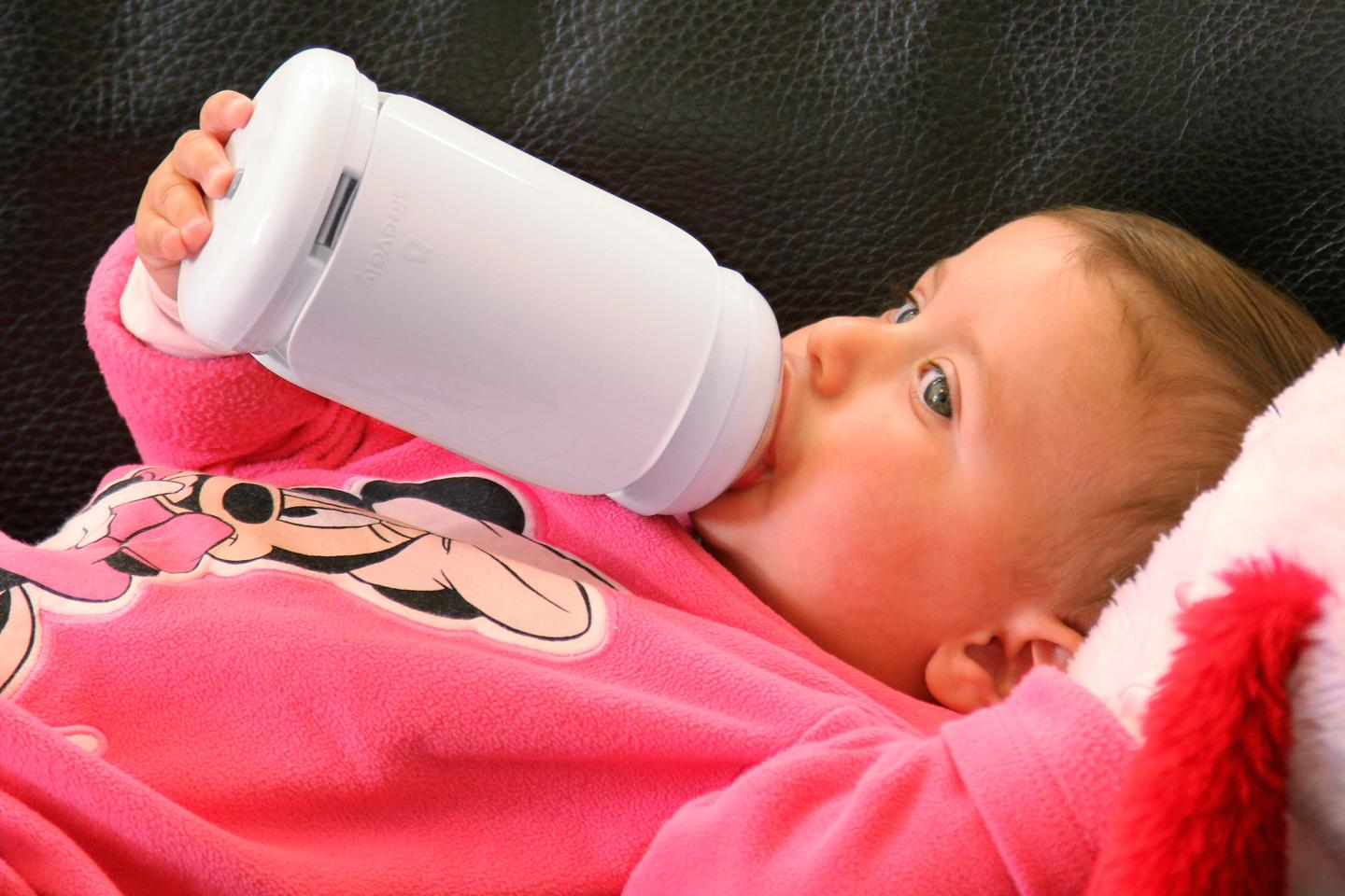 Sleevely keeps track of when and how much your baby is eating, and advises you accordingly