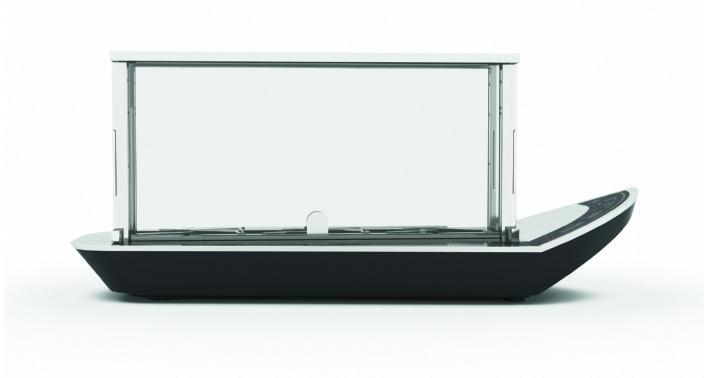 The Bugatti Noun ceramic glass toaster