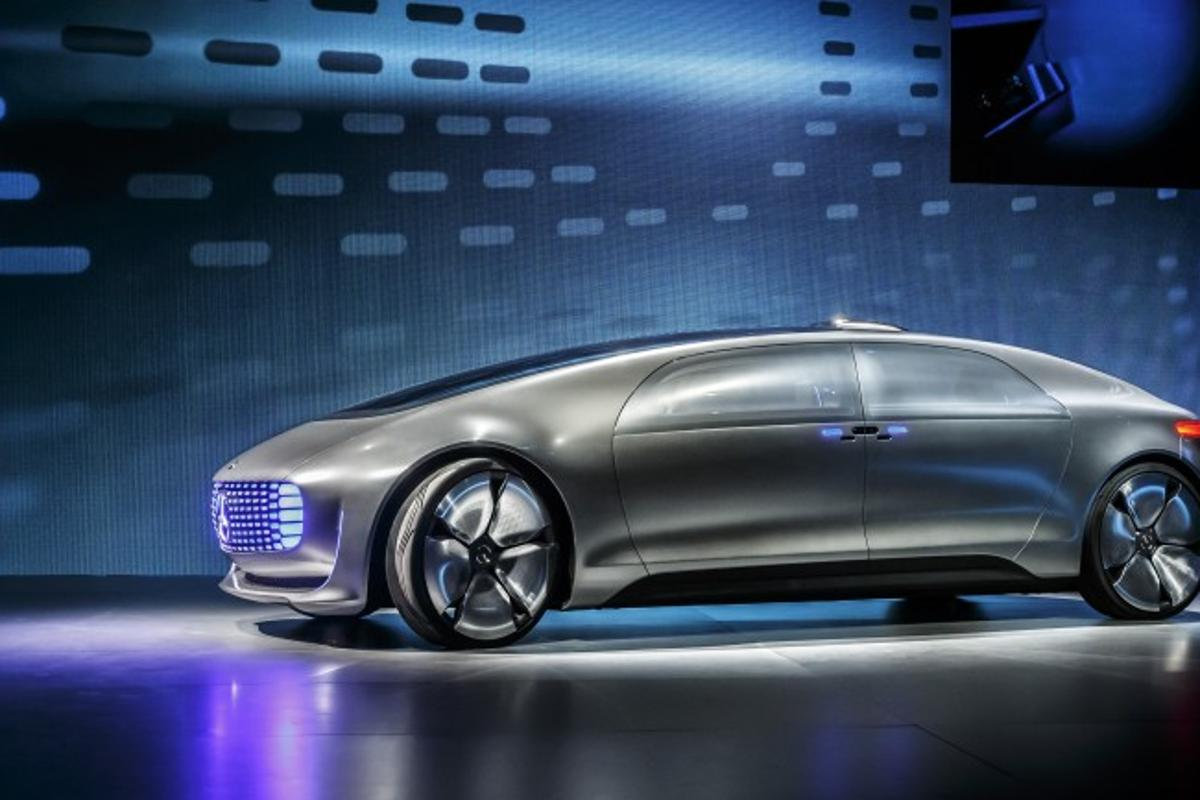 A section of the A9 autobahn is to be set up for testing autonomous vehicles like (we hope) Mercedes-Benz' spectacular F 015 concept