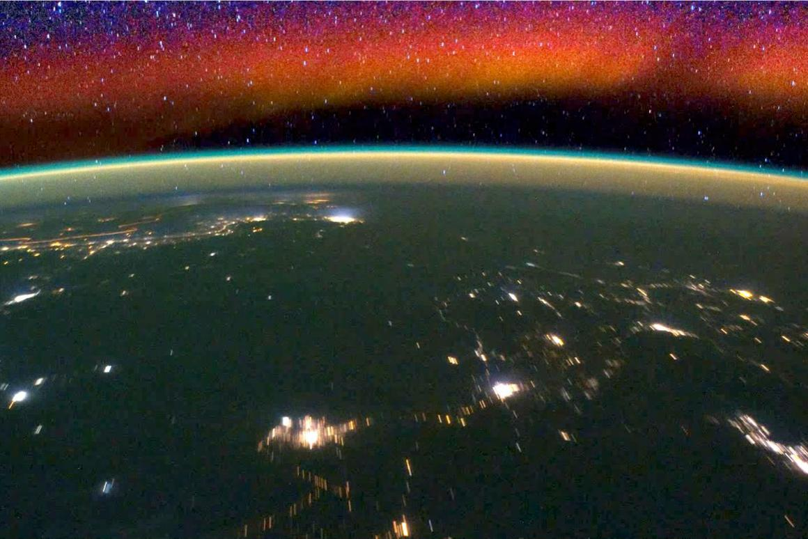 A glowing band in the ionosphere as seen from the International Space Station (Image: NASA)