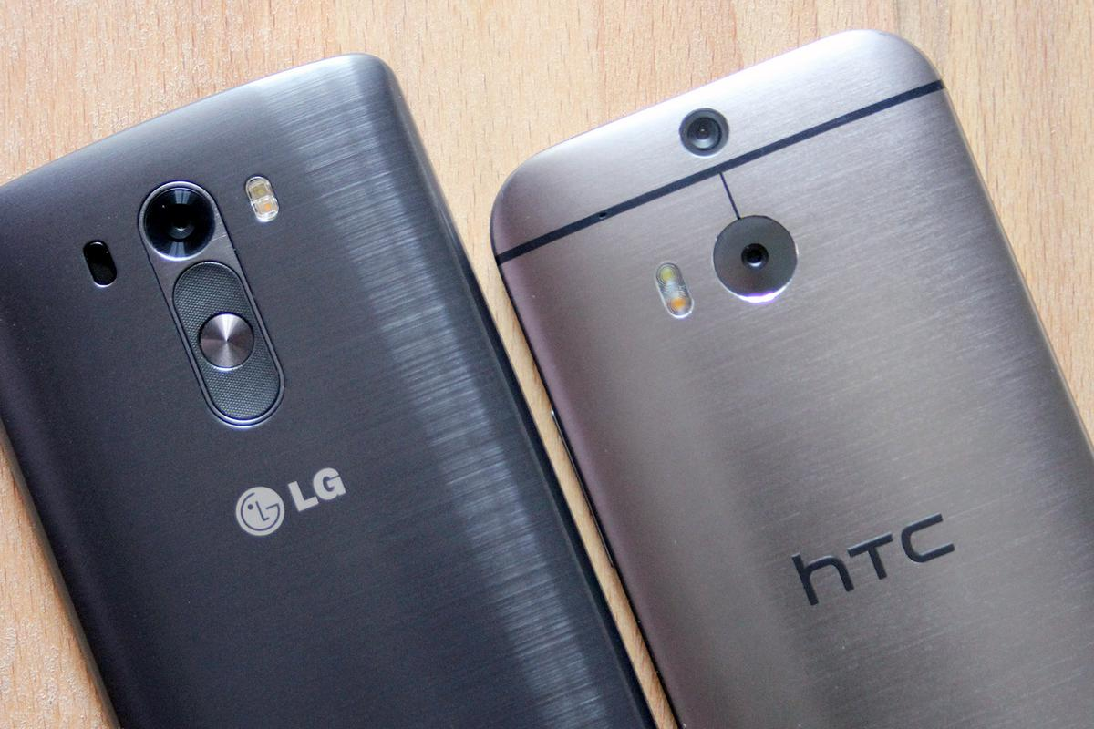 Gizmag goes hands-on to compare the LG G3 (left) with the HTC One (M8) (Photo: Chris Wood/Gizmag.com)