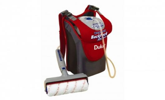Setting up and using the 'closed system' of the Dulux Weathershield BackPack Roller System is clean and simple - just screw the power unit onto the paint pack, place into the rucksack, insert the Dip Tube and you're ready to paint