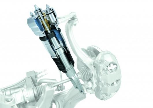 Adaptive air suspension with adjustable pressure AND volume