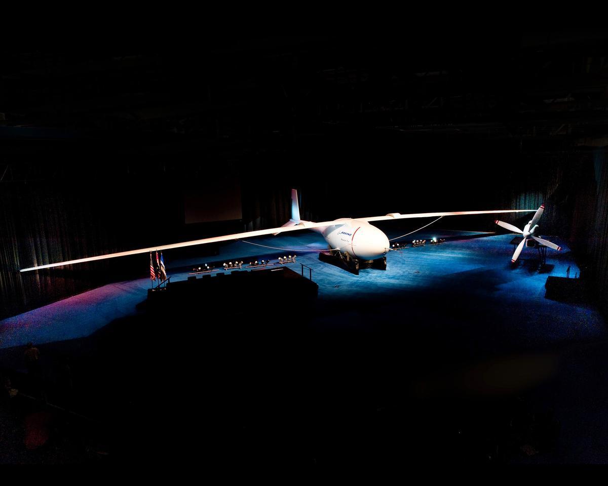 Long-endurance, hydrogen-powered Phantom Eye UAV unveiled