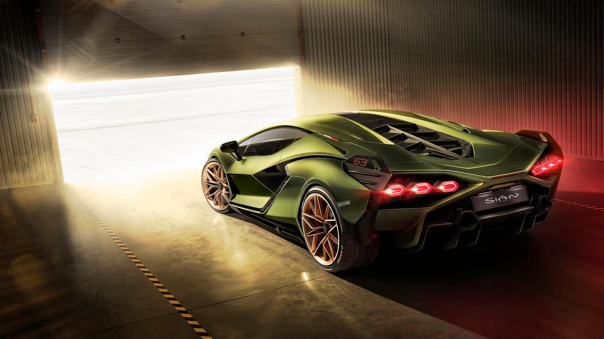 Lamborghini Sián: The first supercapacitor supercar