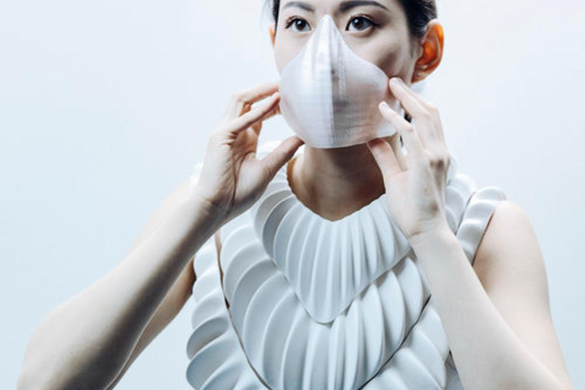 Amphibio is an artificial gill that extracts oxygen from water