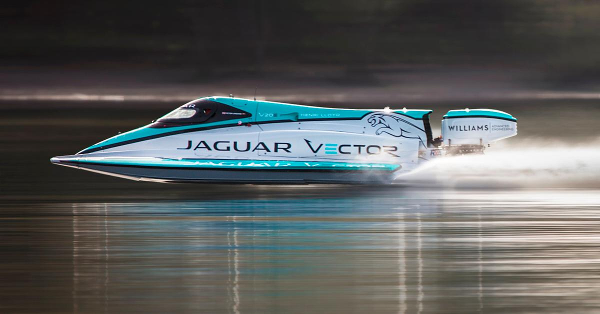The V20E hasbroken the electric water speed record set in 2008