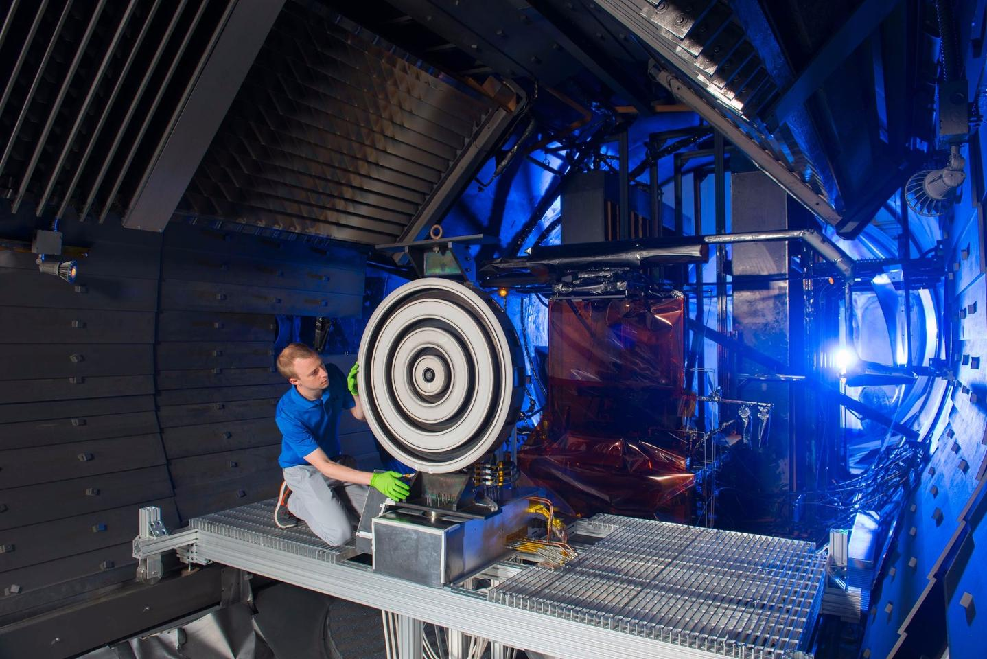 The X3 thruster broke three records during vacuum-chambertesting in July and August, paving the way for eventual missions to Mars