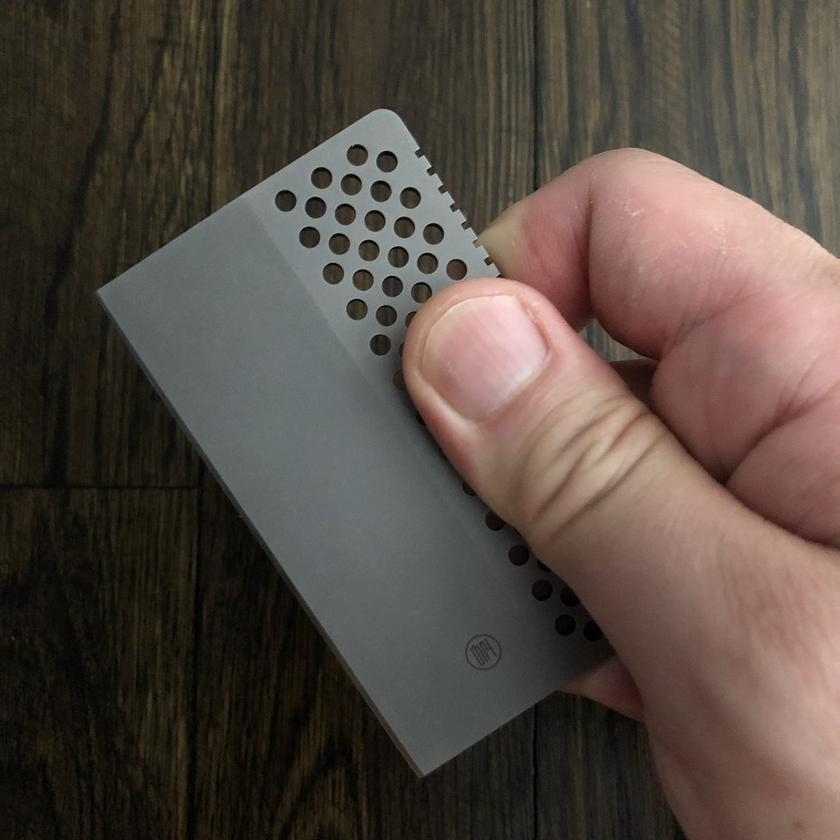 One half of the Lynx knife is covered in perforations for easy gripping