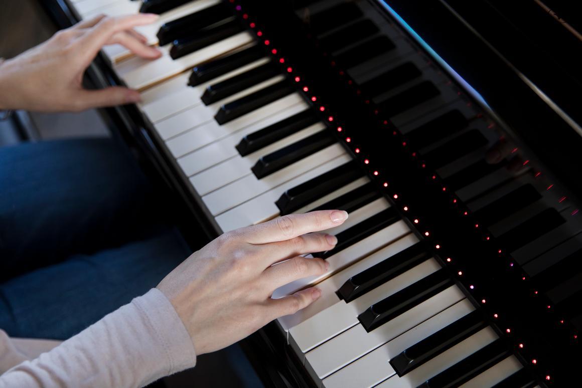 Follow-me piano learning strip smartens up any 88-key piano