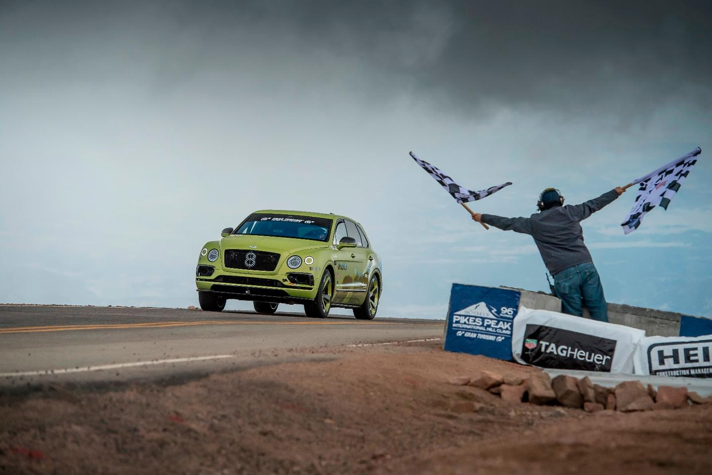 The Bentley Bentayga takes the checkered flag at the 2018 Pikes Peak International Hill Climb, breaking the record for fastest sport utility run