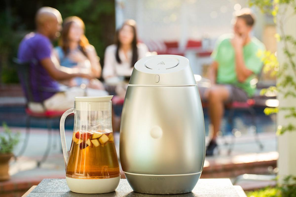 Alchema is a smart homebrewing device designed to take the challenge out of making craft cider