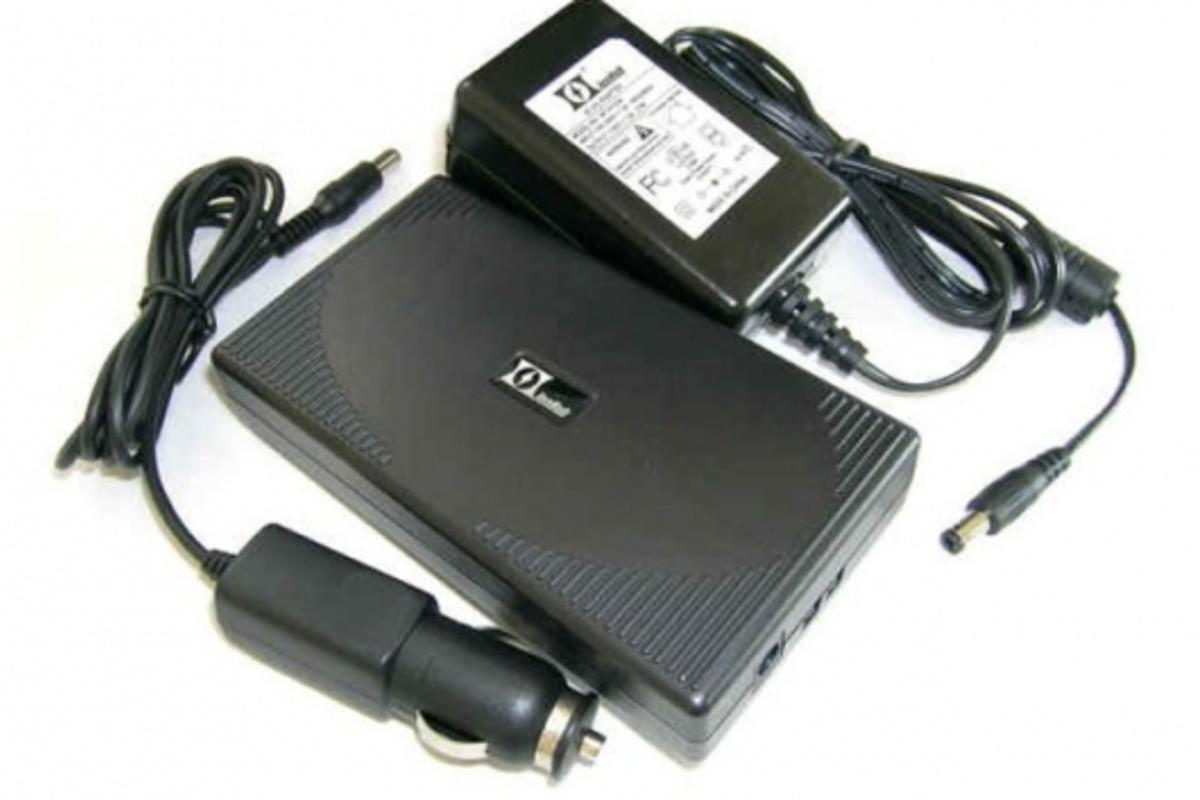 Ionhub with AC and car adapters