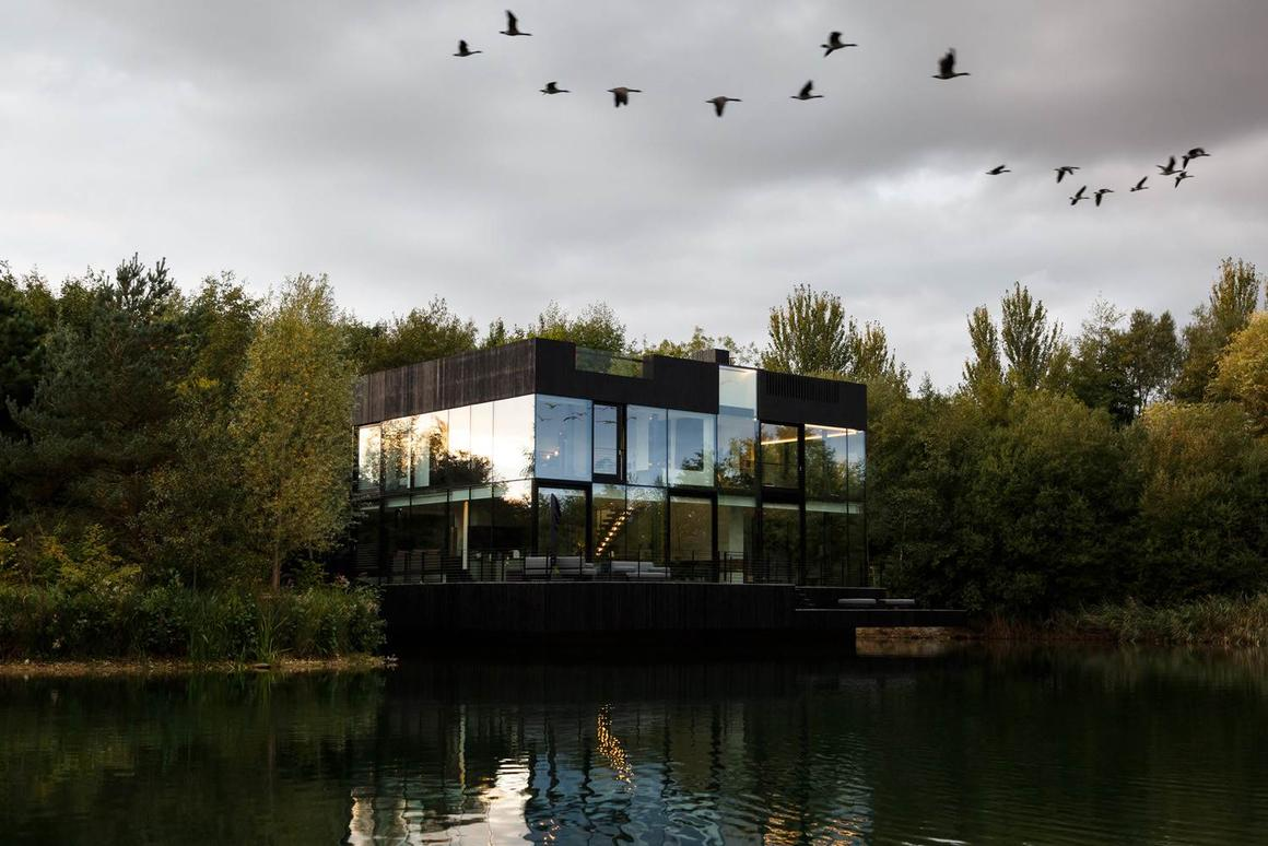 As the name might suggest, the Glass Villa on the lake is big on transparency