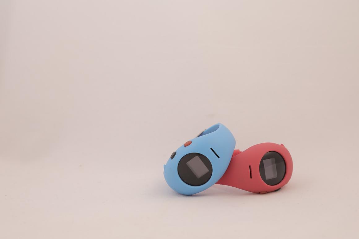 Safer Pro, built into a wristwatch-like device