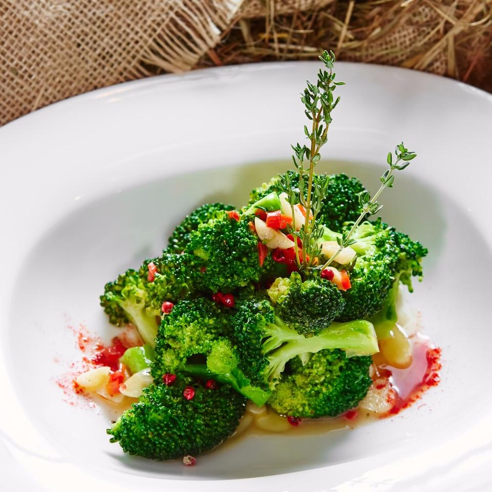 It might not be your favorite thing on the dinner plate, but broccoli's disease-fighting powers just got even stronger