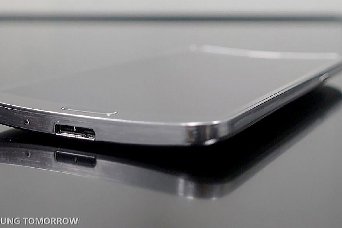 After a series of leaks, Samsung made the Galaxy Round, with its curved AMOLED display, official