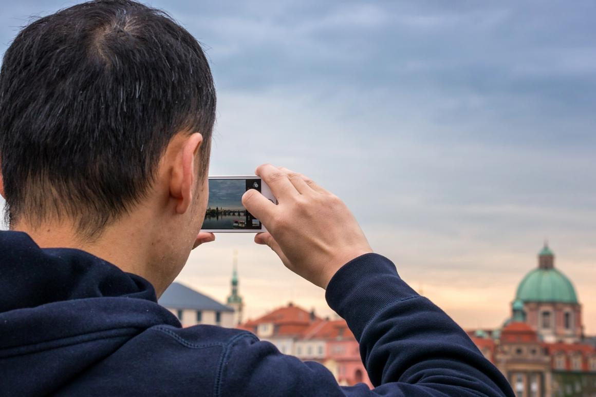 According to new research, snapping photos makes us enjoy pleasant experiences even more