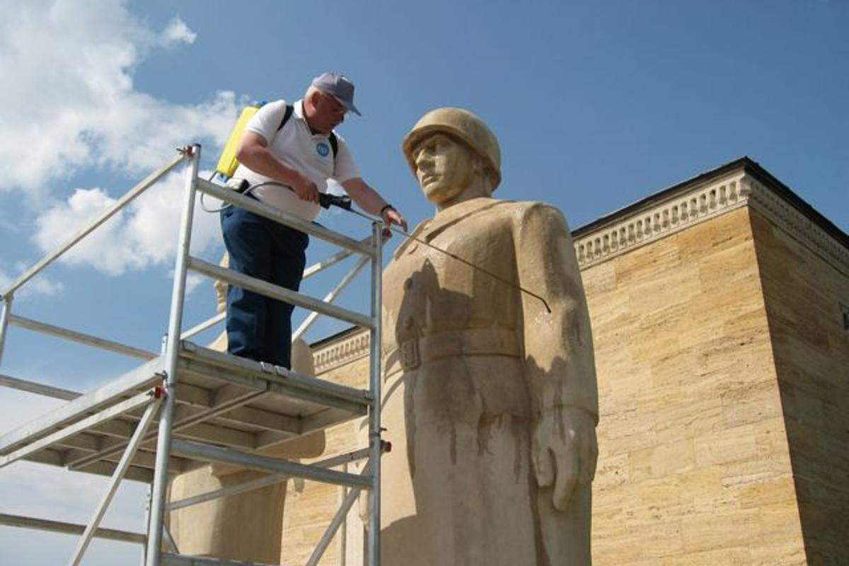Nanopool's Liquid Glass being applied to a statue at Ataturk's Mausoleum in Turkey