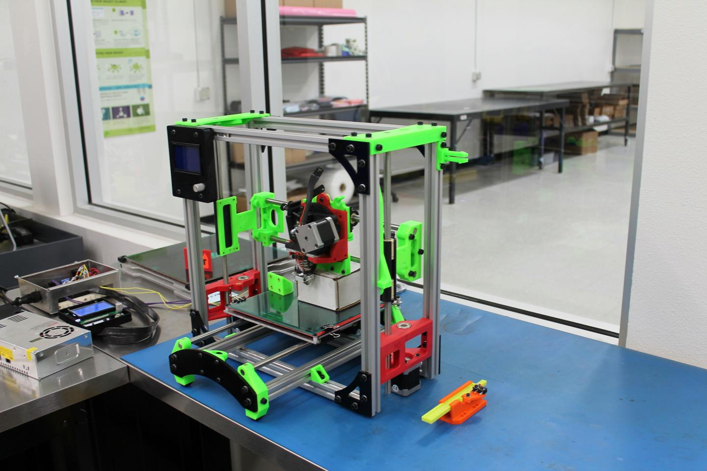The Easy TAZ Mini, still in development, rests in the R & D room