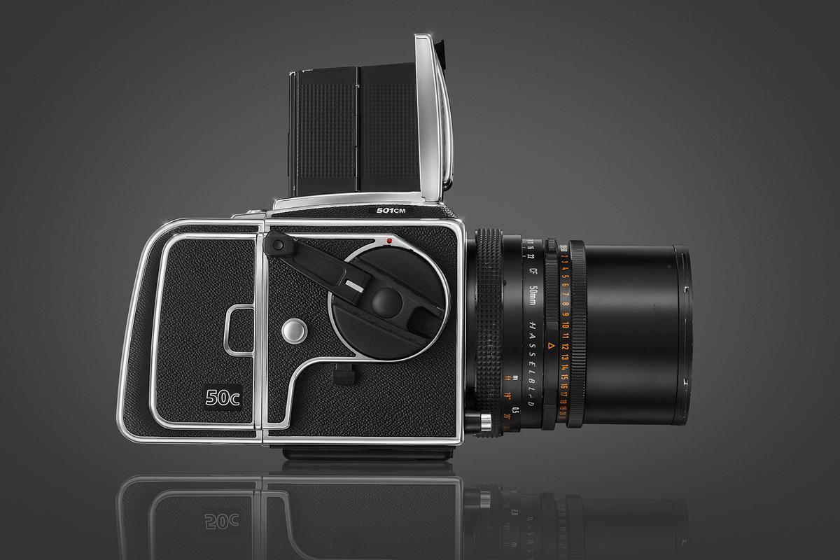 The Hasselblad CFV-50c features a 50-megapixel CMOS sensor