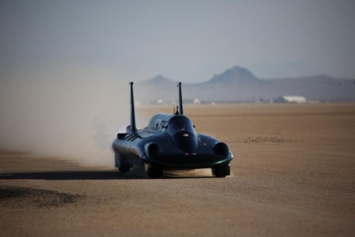 The British Steam Car reached speeds of 131mph - well above the existing record - in testing at Edwards Air Force base last week
