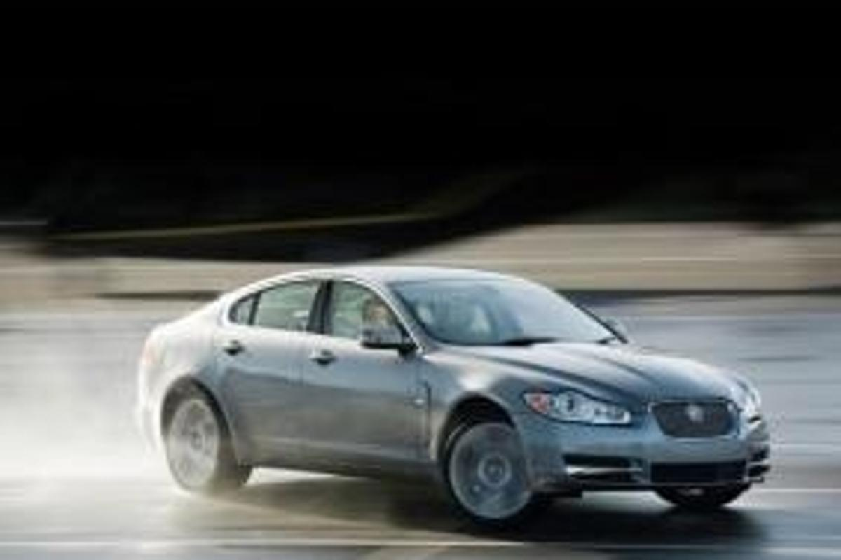 Jaguar's new XF sports salooon
