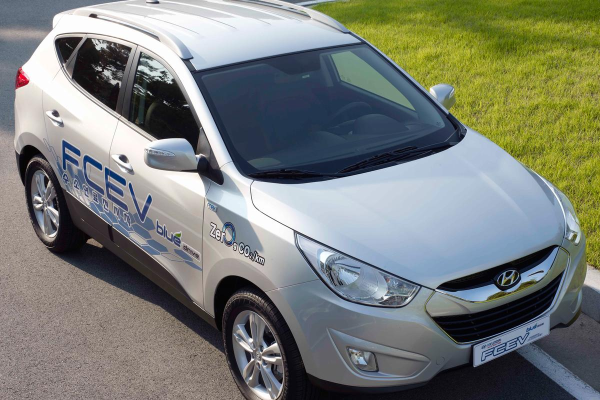 Hyundai's Tucson ix Fuel Cell Electric Vehicle