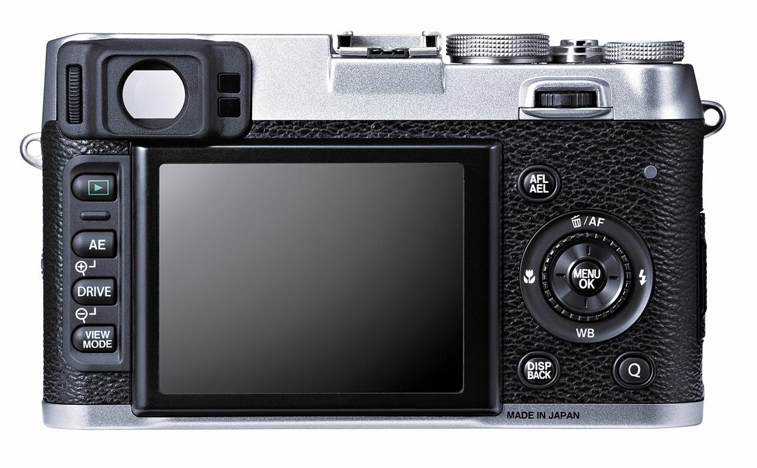 The X100S has a 460,000 dot, 2.8-inch Premium Clear LCD panel with a wide viewing angle