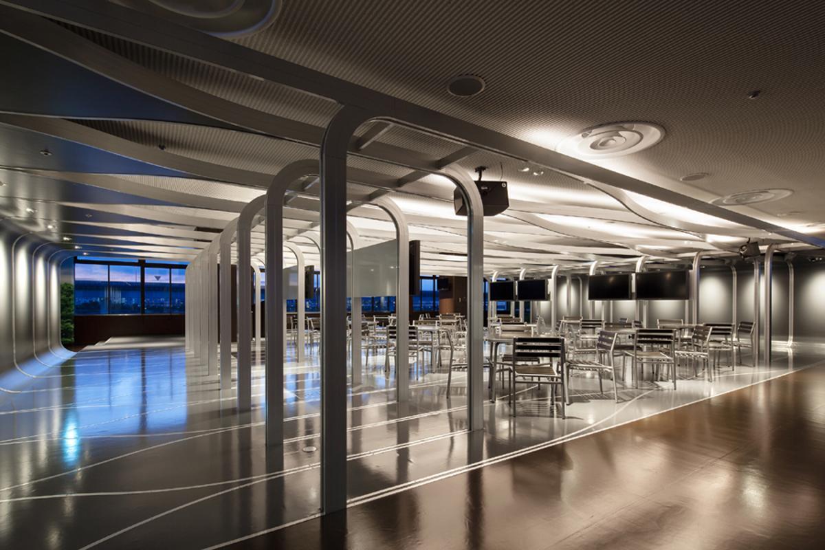 ROKU Edogawa drop-in cafeteria (Photo © Kai Nakamura)