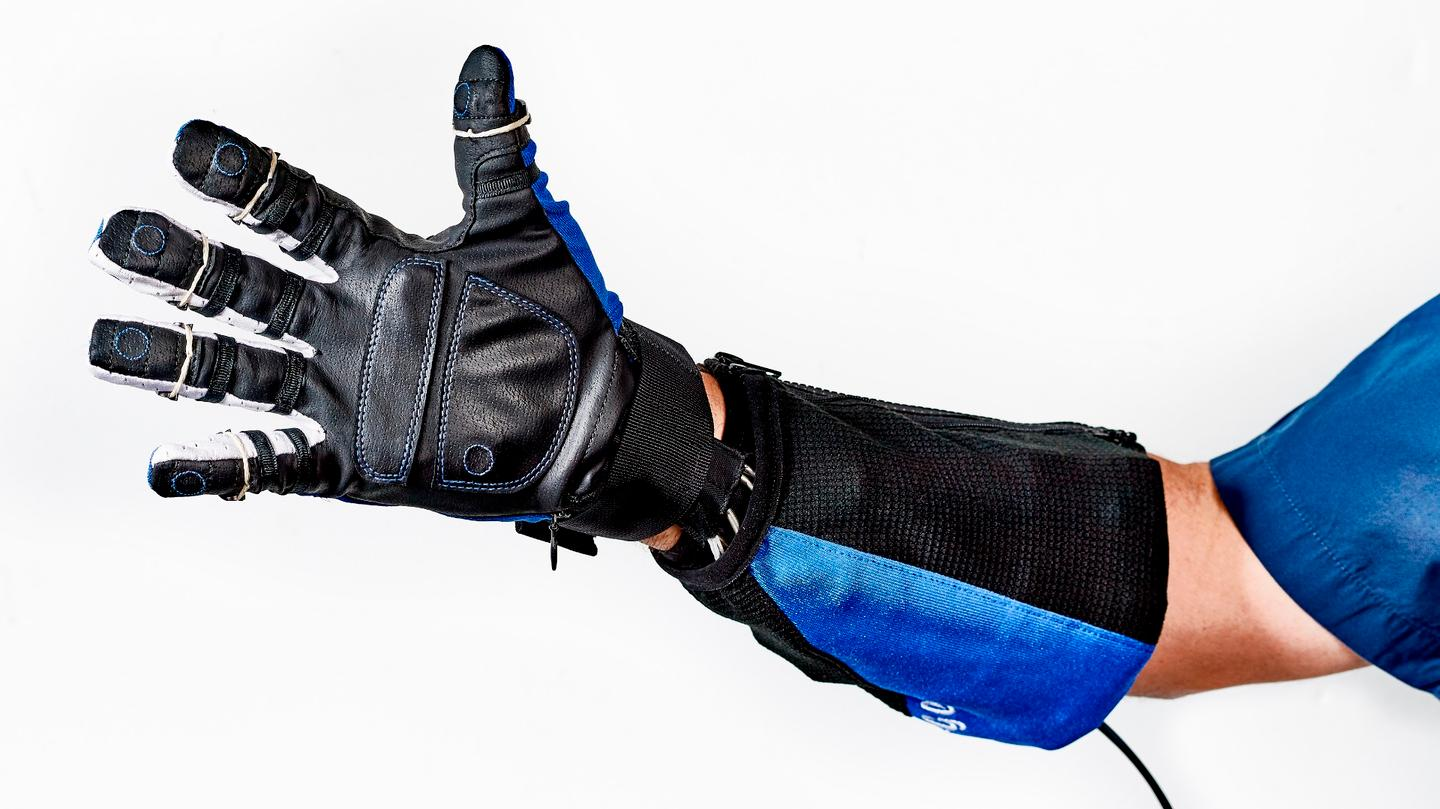 If all goes to plan, GM will be the first company to use the new robotic glove